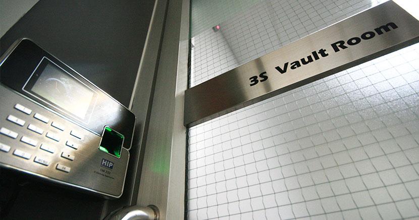 Excellent Vault